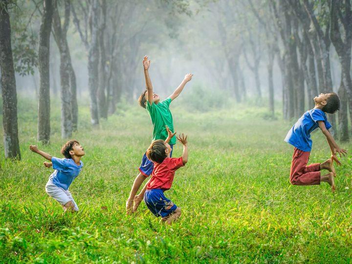 Teaching Kids to Worship Everyday