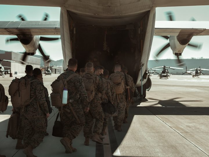 soldiers boarding plane for deployment